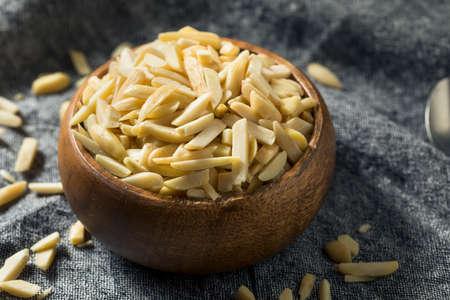Raw Organic Slivered Almonds Ready to Eat Reklamní fotografie