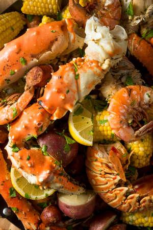 Homemade Cajun Seafood Boil with Lobster Crab and Shrimp Banco de Imagens