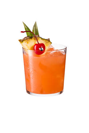 Refreshing Rum Mai Tai Cocktail on White with a Clipping Path Banque d'images