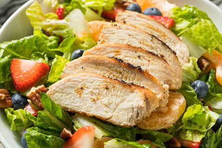 Healthy Homemade Strawberry Poppyseed Salad with Chicken Stock fotó