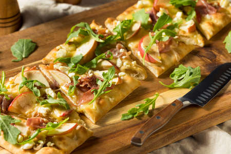 Apple Prosciutto Flatbread Pizza Appetizer with Feta