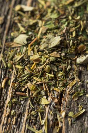 Dry Green Organic Bouquet Garni Herbs Banque d'images - 150505856