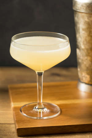 Boozy Corpse Reviver No 2 Cocktail with Gin and Lemon