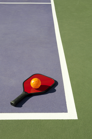 Pickleball en Red Paddle leggen op Edge of Court
