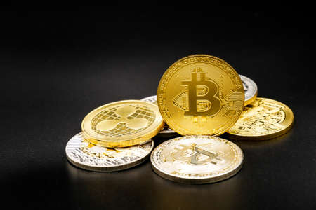 physical version of bitcoin that is a new virtual money world cryptocurrency and digital payment system by using blockchain technology Stock Photo