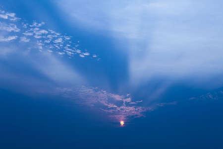 特殊な夕日の光
