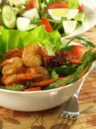 Nutritional salad with shrimps and vegetables  photo