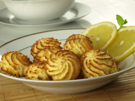 Crunchy lemon cookies photo