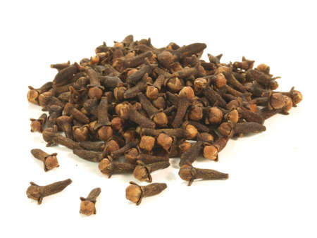 clove of clove: A lot of cloves on isolated background