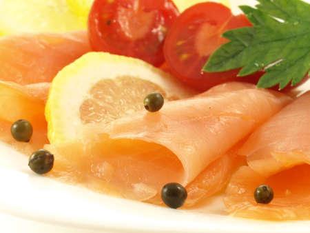 ligh: Ligh salmon, tomatoes and lemon for diet