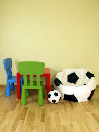 futbol infantil: F�tbol esquina para un ni�o en la habitaci�n de los ni�os
