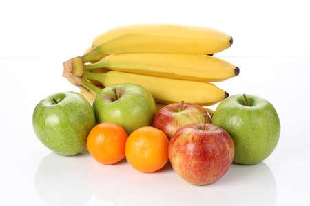 http://us.123rf.com/450wm/bialasiewicz/bialasiewicz1211/bialasiewicz121100146/16441873-natural-vitamins-apples-bananas-oranges.jpg