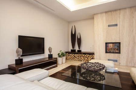 travertino casa soggiorno luminoso e piacevole in casa foto ... - Soggiorno Luminoso