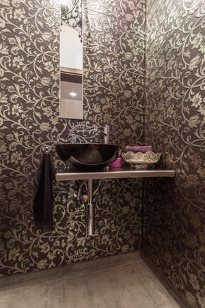 well equipped: Ruby house - Wash basin in bathroom with original walls