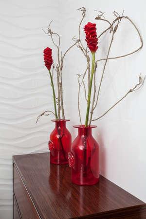 cloudy home: Cloudy home - Red bathroom decoration original flowers