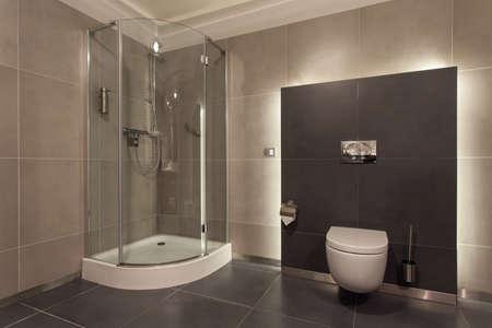 bathroom faucet: Woodland hotel - interior lujoso ba�o, wc, ducha