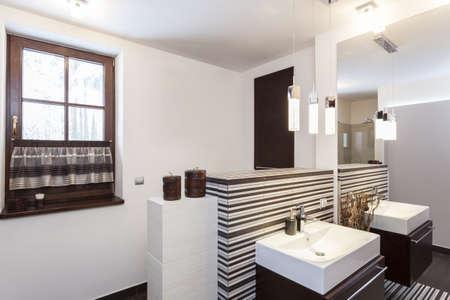 Grand design - Inter of a modern bathroom Stock Photo - 18621015