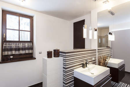 Grand design - Interior of a modern bathroom Stock Photo - 18621015