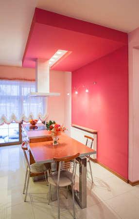 amaranthine: Amaranth house - Kitchen table in pink interior