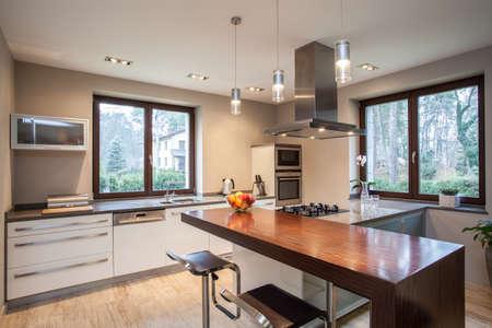 modern kitchen domestic home house: Travertine house- Horizontal view of kitchen