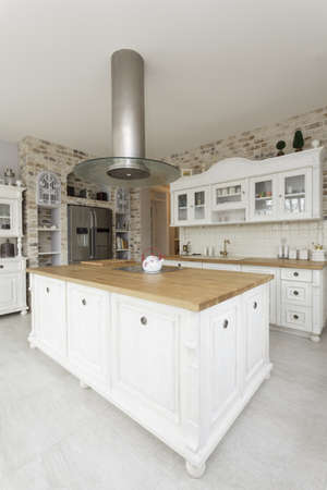 mediterranean interior: Tuscany - white kitchen countertop with cooker Stock Photo