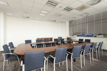 Empty conference room with huge round table Stock Photo - 19505318