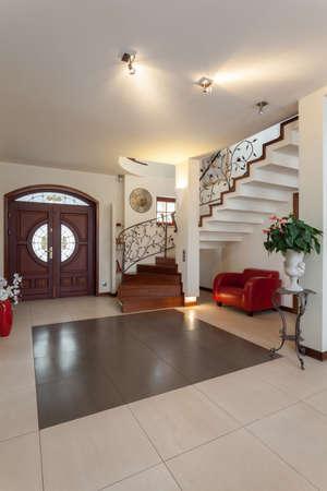 escaleras metalicas casa con clase elegante interior de la nueva casa