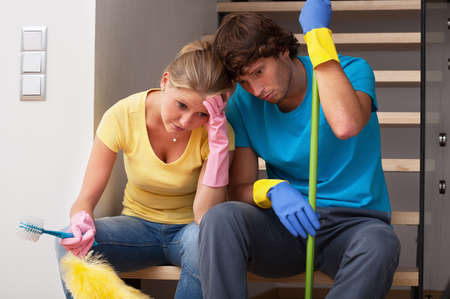 cansancio: El cansancio de las tareas dom�sticas en casa enorme