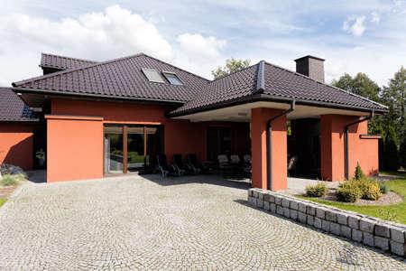 lak�hely: Külső terasz egy luxus kastély Stock fotó