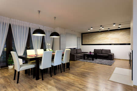 Stedelijke appartement - eet-en woonkamer interieur Stockfoto