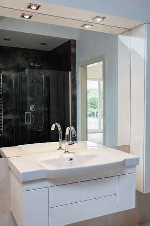 White sink in new modern bathroom interior Stock Photo - 24568102