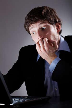 Man terrified discoverd virus on his laptop photo