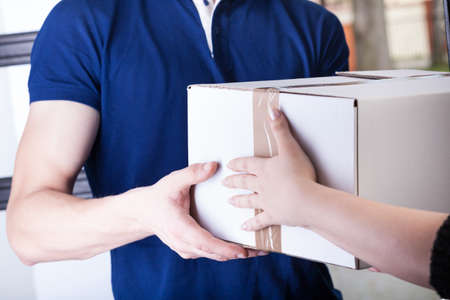 Client and courier during order transfer