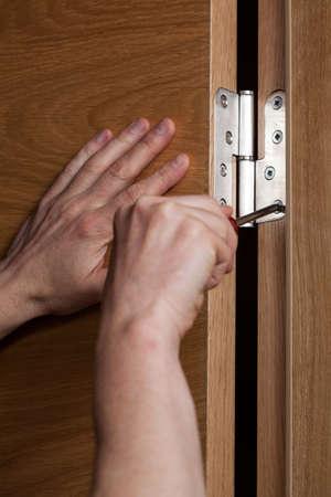industrious: Installation of the door in new house