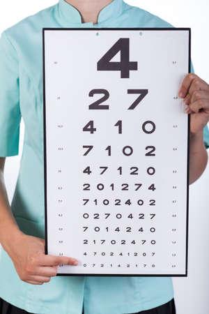 oculista: Vista del oculista con una tabla de Snellen Foto de archivo