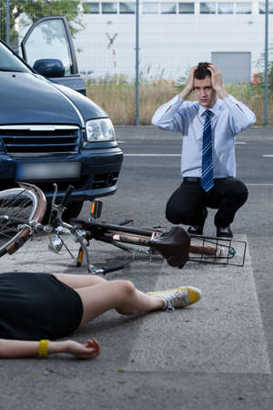 dissociation: View of woman after accident on bike