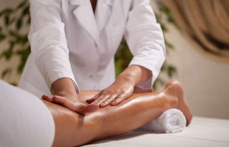 lower limb: Massage of the lower limb in spa