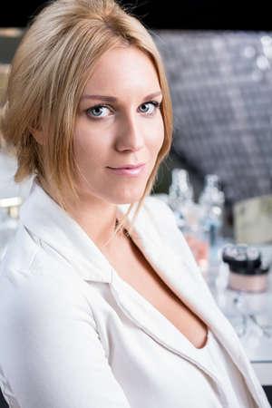 visagiste: Beauty woman with natural makeup for wedding