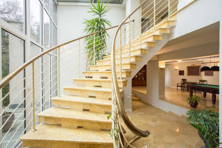 View of marble stairs inside expensive house Imagens - 36387772