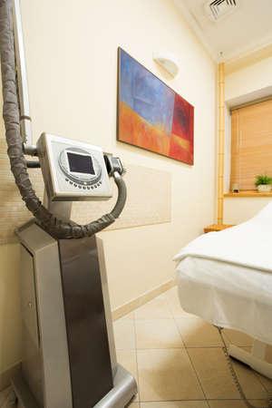 interventie: Interventie-apparaat in een gezellige beauty kamer