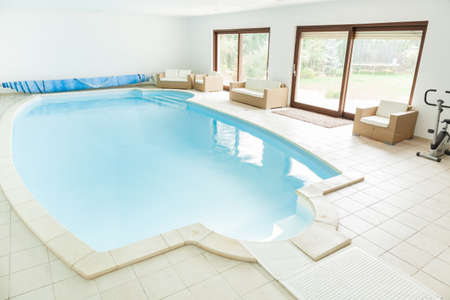 swimming pool home: Big home swimming pool with granitic tiles