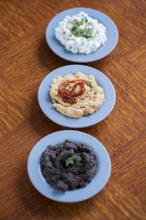 pastes: Sandwich spreads - cottage cheese, hummus and tapenade