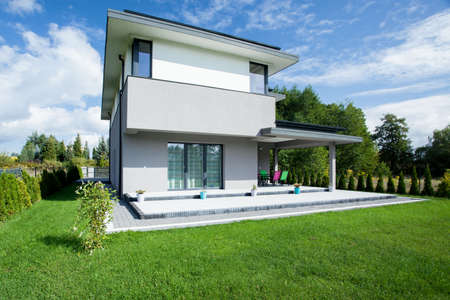 contemporary house: View of modern house from the outside Stock Photo