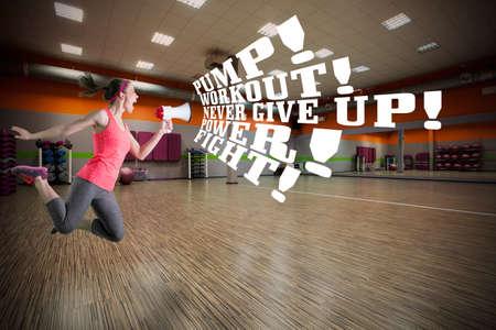 Fitness instructeur motiveren om te trainen in de sportschool