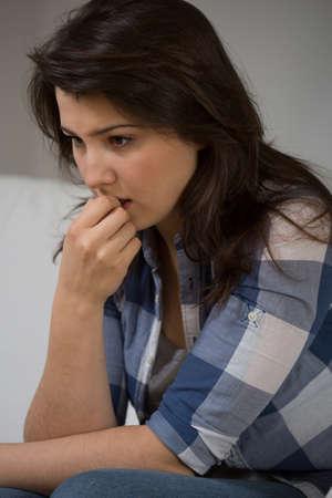 n�vrose: Adolescente avec le probl�me va au psychologue