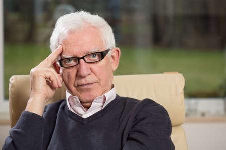 実践実務者高齢者心理学者の肖像 写真素材