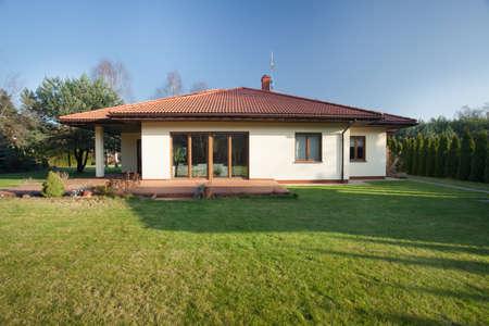 Beautiful parter bungalow with big garden