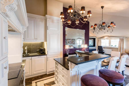 kitchen island: New kitchen with island in baroque style