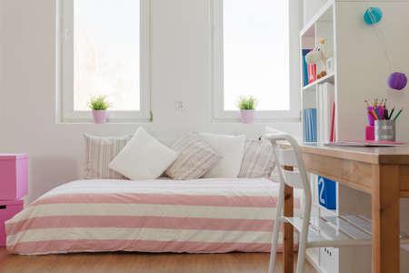 Interieur van de schoonheid pastel ruimte voor schoolkind Stockfoto - 39950900