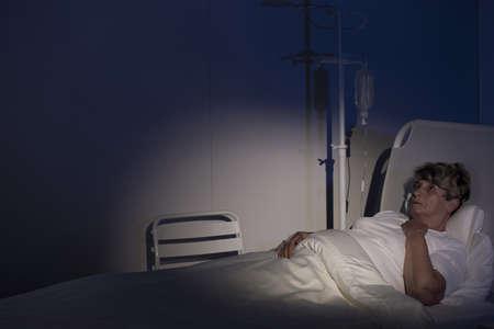 palliative: Terminally ill woman on a palliative care unit